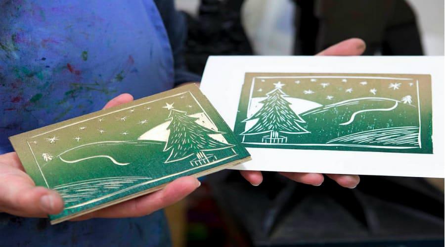 Woodcut_Printing_Xmas_Cards_Helen_Brown_mid